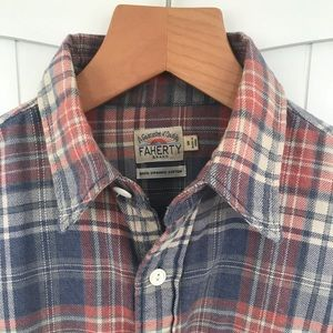 Faherty organic cotton flannel shirt small